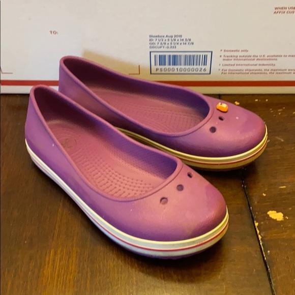 CROCS Shoes   Girls Size 2   Poshmark